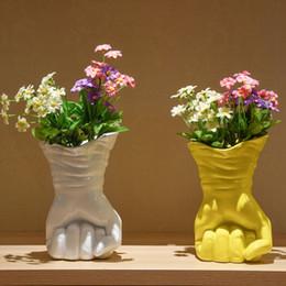 2019 puestos de plantas modernas Soporte de flores abstractas de resina Florero de cerámica único Baratija decorativa Adorno artesanal Muebles para el hogar Cafetería