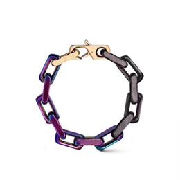 2019 pulseiras coloridas 2019 Lançado em pulseira de luxo designer de moda colorida pulseiras cadeia LOGOTIPO letras para homens e mulheres presentes Festival pulseiras coloridas barato