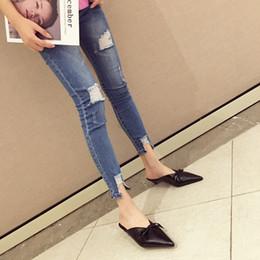 2019 Mode Sexy Bout Toe Femmes Pompes Bowtie Chaton Talon En Métal Or Femmes Mules Col en V Élégant Dames Bureau Femmes Chaussures ? partir de fabricateur