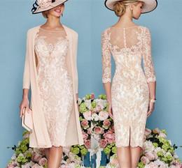 Renda Mãe da Noiva Vestidos Formal 3/4 joelho Sheer pescoço Applique Mãe vestidos de noiva Lace Wedding Dress Visitante de Fornecedores de vestido de cetim espartilho longo