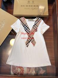 Moda cravatta ragazze online-Le neonate di estate 2019 vestono il vestito stile preppy con i bambini classici della cravatta del plaid che coprono i vestiti casuali di modo i vestiti dei capretti ABD-4 delle ragazze