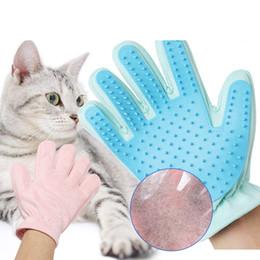 Guanti da cane online-Guanti da toeletta per gatti Guanti per peli di gatto pettine spazzole per cani pettini per cavalli in pelle scamosciata indietro Pet forniture guanti per mani destra LJJA2482