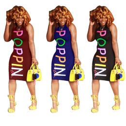 2019 vestido de um ombro roxo casual Poppin mulheres vestidos de verão magro colorido impresso vestidos de designer sexy clube moda vestidos sem mangas feminina clothing