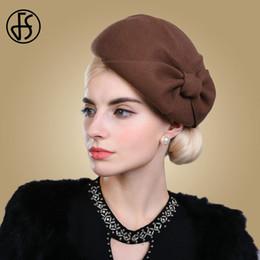 FS Mujer Beret Sombrero de Lana Elegante Fieltro Bowler Cap Novia Fedora Sombrero  Negro Rojo Marrón Señoras Arco Fiesta Boda Vintage Cloche sombreros 4a8123852d6