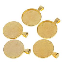 ouro preenchido conclusões Desconto 50Pcs Rodada Encantos Pingentes Blanks Soquetes Para 25mm Cabochão Colar Artesanato - Ouro
