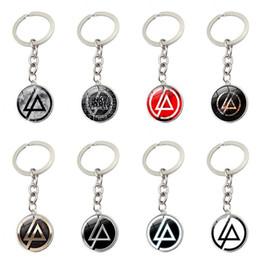 Logotipos de la banda de música online-Música rock Linkin Park Band Signo Llavero Nostálgico Banda de Música Cúpula Logotipo redondo Cristal Cabochon Plateado Colgante Plateado Bolsa de metal Llavero de coche