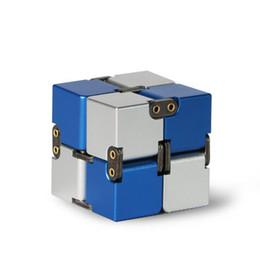 Бесконечный кубик металла Премиум Бесконечность Кубик Игрушка-непоседа Деформация из алюминиевого сплава Волшебный бесконечный кубик Игрушка-непоседа Игрушка-антистресс от