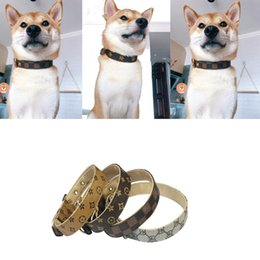 acessórios de padrão  Desconto Pattern PU Leather Pets Collars Adjustable Pet Dogs Cats Leashes Outdoor Personality Cute Pet Collar Accessories 4Color XS-XL