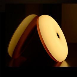 Mini LED Motion Sensor Contrôle de geste Portable Night Light 3 Changeable Couleur Réveil Lampe Sunrise Simulator Smart Night Lighting Avec Pack ? partir de fabricateur
