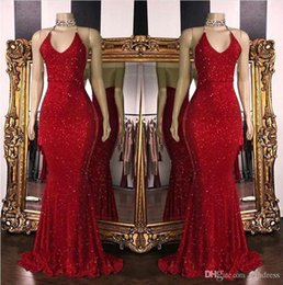 Canada 2019 New Red Sparkling Paillettes Sirène Longue Robes De Bal Halter Dos Nu Sweep Train Formelle Robes De Soirée cheap red halter evening dress sequin Offre