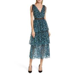 2019 abito da pizzo autoritratto Self Portrait Dress 2018 Donna Vintage  scollo a V in pizzo 1b41542c7c6