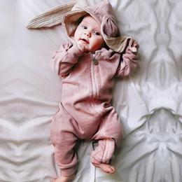 Yenidoğan Bebek Kız bebek Erkek Giysileri Sevimli 3D Bunny Kulak Romper Tulum Tulum Sonbahar Kış Sıcak Bebes Tulum Tek Parça nereden