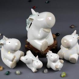 Illuminazione ceramica notte online-Moda creativa ceramica decorazione della casa ceramica artigianato ornamenti nordici porcellana bianca unicorno carino piggy bank night light