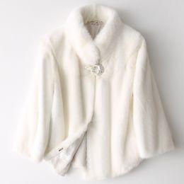 2019 chaqueta de cuero mujer punk rock Alta Calidad Pelt Completo Abrigo de piel de Visón Real Mujeres Corto 2018 Otoño Invierno Genuino Chaqueta de Piel Natural Blanco Señoras de Lujo Outwear C18121701