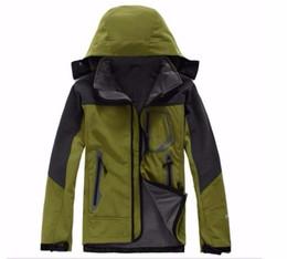 2019 Мужская северная Denali флисовая вершина бионические куртки Открытый ветрозащитный водонепроницаемый случайные SoftShell теплые лицевые пальто женские S-XXL cheap ladies windproof jackets от Поставщики ветрозащитные женские куртки