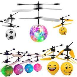 Articles électroniques en Ligne-Balles de vol lumineuses de vol LED lumière électronique infrarouge induction induction avions de contrôle à distance jouets Nolvety Items