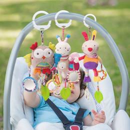 2019 celos de plástico berço Bebê de Pelúcia Chocalhos Recém-nascidos Móveis Handbells Crianças Brinquedo Infantil Brinquedos Teething