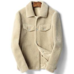 2019 le giacche di pecora di lana uomini 100% cappotto di lana vera pelliccia di montone shearling cappotto autunno inverno giacca uomo pelliccia di agnello breve cappotti giacche in pelle chaqueta hombre y1845 le giacche di pecora di lana uomini economici