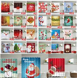 Cortina de navidad de diseño online-Feliz Navidad Cortina de ducha Muñeco de nieve navidad regalos de Santa Claus Deer Baño de árbol Cortinas de ducha impermeables 94 diseños Decoración de Navidad mejor