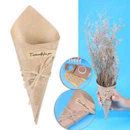 2019 caixa de cone doces 100 pcs DIY Cones De Papel Kraft Bouquet Caixas de Bombons Sorvete Flor Titular Presentes Da Festa de Casamento (15x15 cm) desconto caixa de cone doces