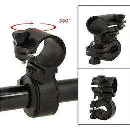 braçadeira de luz ajustável Desconto Multi-Função Ajustável de 360 Graus Rotatable Bicicleta Braçadeira Clipe de Bicicleta Lanterna CONDUZIU a Luz Da Tocha Titular da tocha Suporte LJJZ53