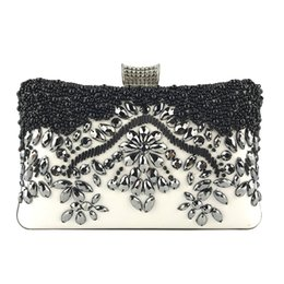 bridal box clutch bag Coupons - Fashion Diamonds Rhinestone Clutch Female Vintage Evening Party Womens Bag With Box New Arrival Luxury Bridal Clutches Femininos