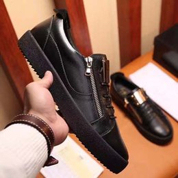 mens casual shoes zippers Coupons - Fashion Men Shoes Zipper Designer Flat Low cut Men's Luxury Shoe Mens g Leather Italy Style Casual Sneakers Online