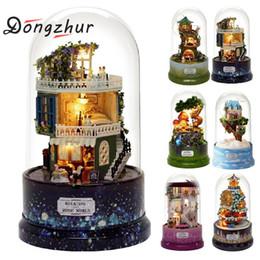 jouet de maison de poupée Promotion DIY Mini Maison Transparent Couverture Rotative Boîte à Musique DIY Dollhouse Miniature Modèle Cadeau Créatif Jouets Pour Enfants DIY9464