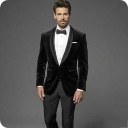 calças de veludo para homens preto Desconto De alta qualidade de um botão de veludo preto smoking smoking xale lapela groomsmen homens ternos blazers (jaqueta + calça + gravata) não: 419