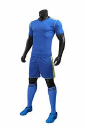 Abbigliamento sartori online-18 nuovi uomini di pensione luce abiti per uomini e donne vestiti di calcio di calcio tuta kit studenti uniformi estive per adulti su misura