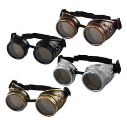 Óculos de soldagem on-line-150pcs estilo Steampunk Heavy Metal Vintage gótico Goggles soldador Óculos de soldagem Punk Sunglasses Lab Outdoor Eyewear CCA11951