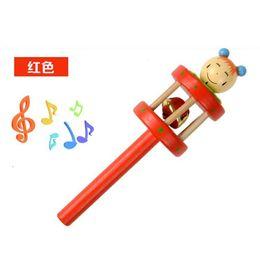 Manos temblando dibujos animados online-Juguetes para bebés Marionetas Sonajeros Batido de mano Timbre de campana Aprendizaje temprano Música de dibujos animados de madera Novedad 2 1cs