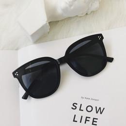 47650d48b51 Gafas de sol redondas de gran tamaño mujeres diseñador de la marca Big one  lens men negro gafas de sol mujer UV400 blens oscuros completo Frame 4  colores ...