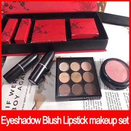 Cosmetici di prugna online-Famoso marchio Plum Blossom Makeup Set 9 colori ombretto tavolozza arrossire rossetto opaco 4 in 1 set cosmetici