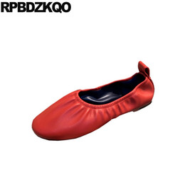 Appartamenti neri cinesi online-Ballerina Scarpe Custom Soft Ballet Flats Donna Retro China Ladies Chinese Pink Punta rotonda White Designer Black Red 2019 Slip On