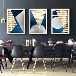 pintura a óleo imagens montanhas Desconto Moderna Abstrata Azul Ouro Lua Pintura A Óleo Geometria Montanha Canvas Poster Art Retrato Da Parede para Sala de estar Cuadros Decoração