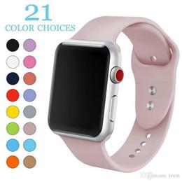 водонепроницаемый соединительный кабель Скидка Мода 21 цветов Спорт Силиконовый ремешок для часов Дышащий сменный ремешок для iwatch серии Apple 1 2 3 4 ремешок 42 / 44MM 38 / 40MM