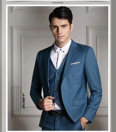 2ea9e886d2fe vestiti azzurri blu chiari per gli uomini Sconti Abito uomo blu scuro