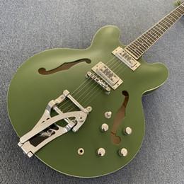 Schiff benutzerdefinierte hohlkörper gitarren online-Benutzerdefinierte 335 Jazz Semi Hollow Body grüne E-Gitarre Bigs Tremolo Bridge Chrome Hardware Freies Verschiffen 190308