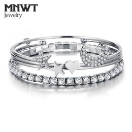 2019 bracelets à bracelet étoilé MNWT Charme Manchette Bracelet Bracelet Ensemble Simple Lune Étoile Coeur Cristal Bracelet Boho Bijoux Pour Femmes Bijoux Cadeaux bracelets à bracelet étoilé pas cher
