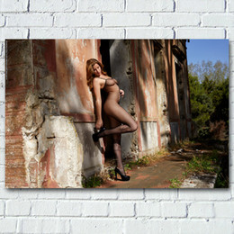 2020 foto ragazze modello modello adulto Wall Art Poster petto piedini ragazza sexy pitture su seta lingerie trasparente Foto su tela stampata per Living Room Decor foto ragazze modello economici