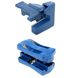 Doppelkantenband online-1 Satz PVC Blau Double Edge Trimmer Holz Kantenanleimmaschine Handbuch Fußbeschnitt Holzbearbeitung Werkzeug Carpenter Hardware-Tools