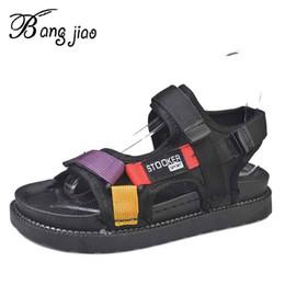 Sapatilhas abertas on-line-Sapatos Mulheres Verão Novas Cores Misturadas Fivela Sandálias de Cunha Aberta Toe de Salto Alto Sapatos de Plataforma Sneakers sandalias mujer 2019