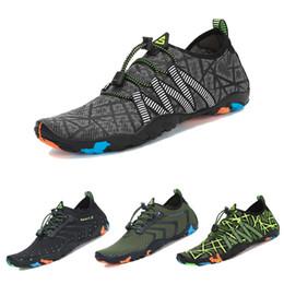 Zapatos aqua de goma online-Aqua Shoes Hombre Sandalias de playa Zapatillas de agua de secado rápido Zapatillas de deporte de goma Upstream Mujer Zapatillas de buceo Tenis Masculino