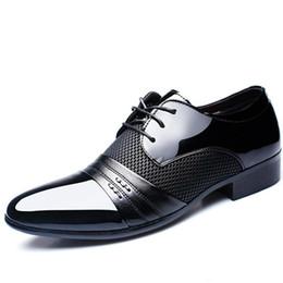 Chaussures habillées homme noir en Ligne-cuir verni noir italien italien chaussures marques de mariage chaussures formelles oxford pour hommes bout pointu robe chaussures sapato masculino