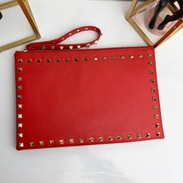 Crossbody umschlag tasche online-High Quality Classic Design rivets clutches Luxury leather ladies envelope clutch bags Crossbody Shoulder Bags for Famous Women handbag