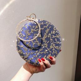 stickerei taschen national Rabatt Korea Stil Stickerei Blatt Pailletten Clutch Strass Wristlet Abendtaschen Blaue Runde Bankett Tasche Nationalen Kleinen Kaffee Clutch