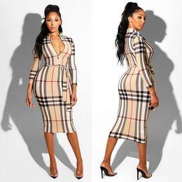 Vestidos impresos cinturones online-2019 Europa y los Estados Unidos nuevas mujeres calientes imprimen vestido de la correa de la cremallera de tres colores de costura ajustada falda envío gratis