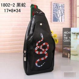 Sacchetto di marca famosa di alta qualità Borse messenger Crossbody Snake Modello di gatto tigrato Satchel Man Satchelstravel Shoulder Bags da sacchetto di gatto di nylon fornitori