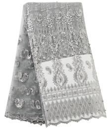 2019 Nuovo tessuto di pizzo africano Tessuto da ricamo in pizzo Tessuto francese a rete Tessuto di pizzo africano nigeriano per abbigliamento da sposa Tessuto di alta qualità da